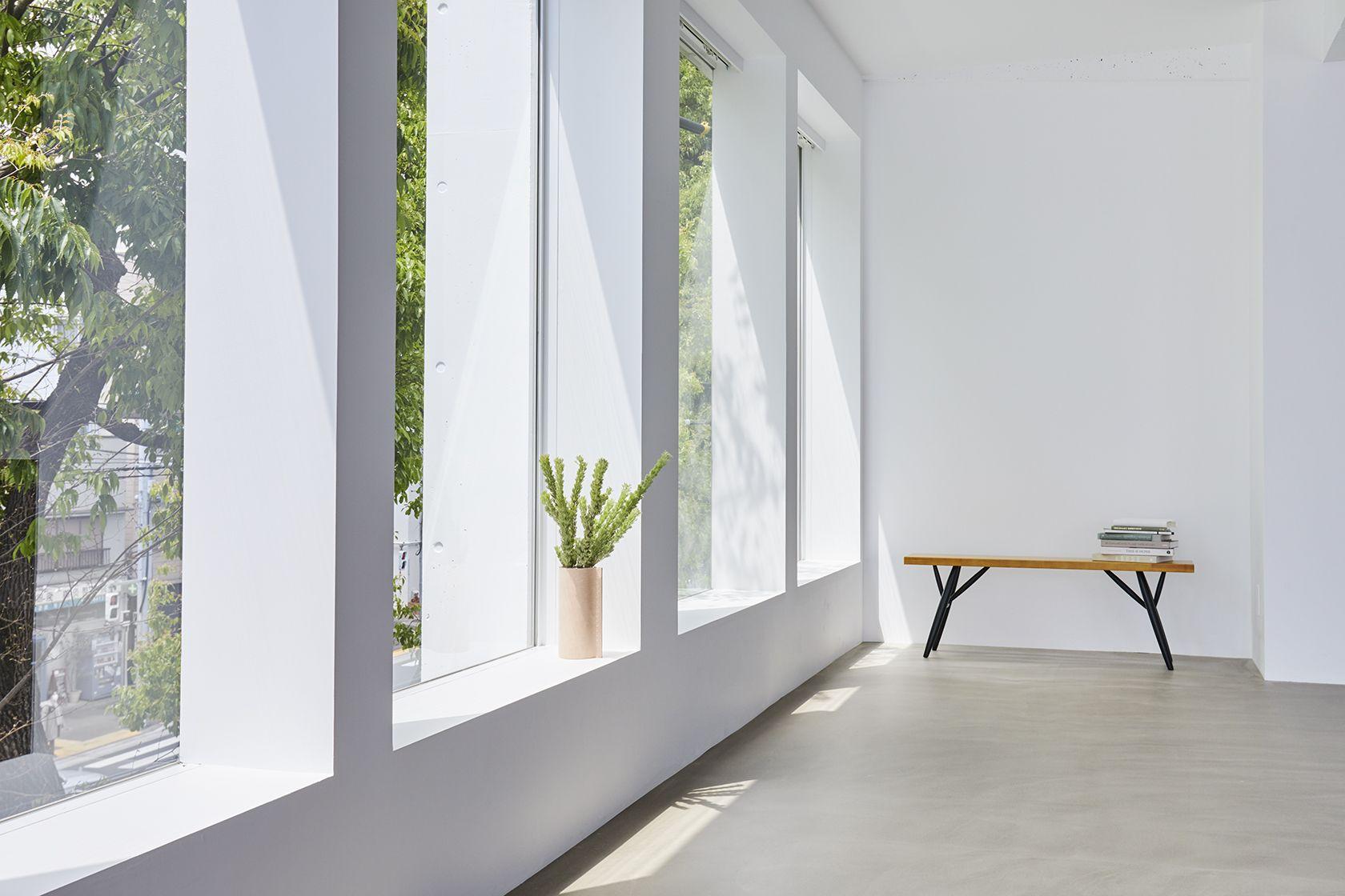 Haku Studio / SUNS日差しが差し込む窓
