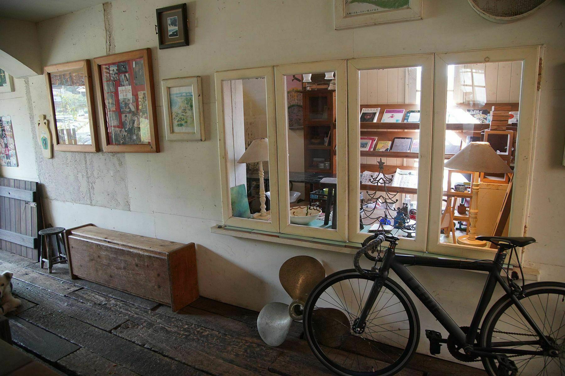 大磯エピナール1F ピンクブルーの部屋