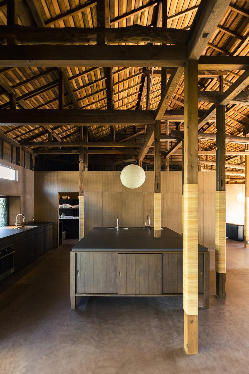MAYA (マヤ)キッチン 広々とした調理台