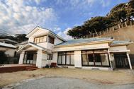 青い屋根の古民家スタジオ カマス邸:カマス邸の外観