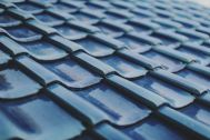 青い屋根の古民家スタジオ カマス邸:青い屋根が特徴です