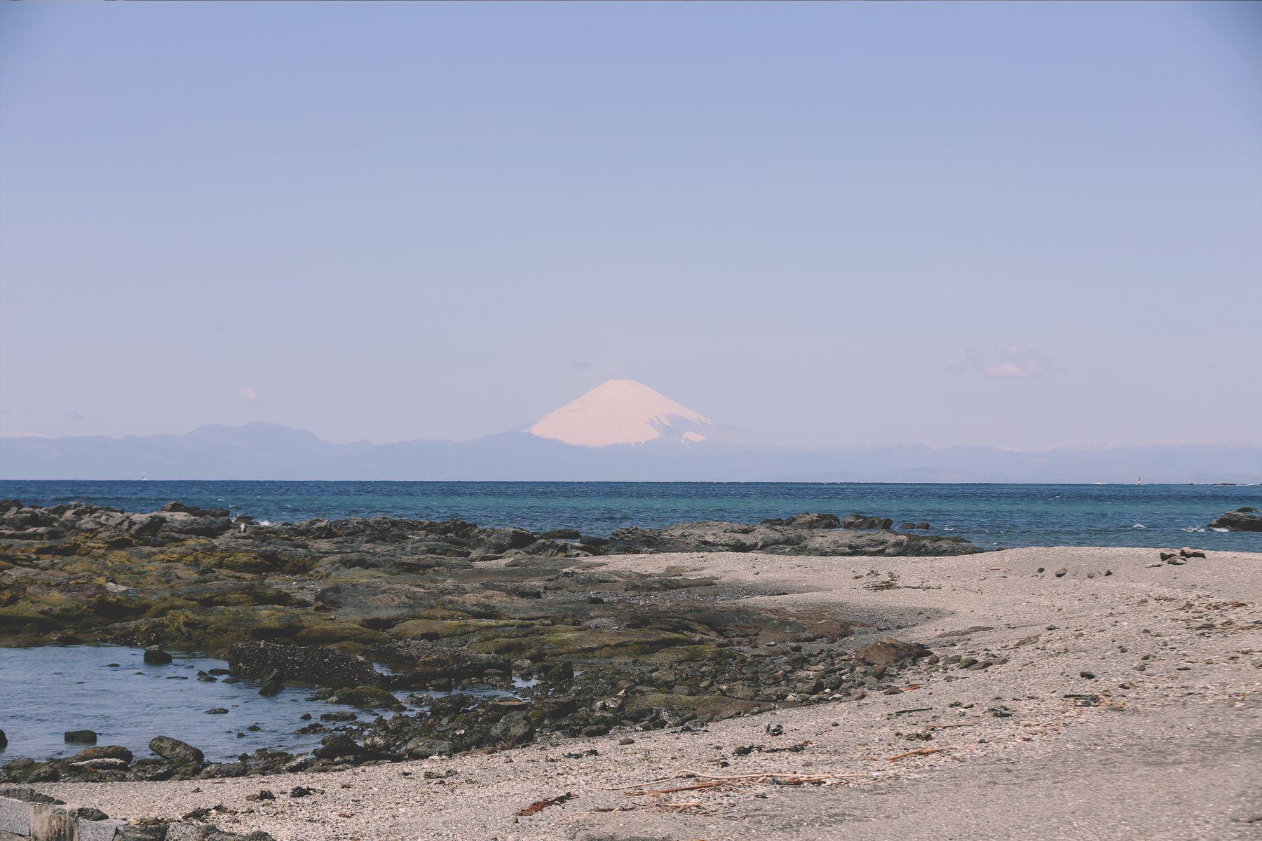 青い屋根の古民家スタジオ カマス邸富士山を望める海岸