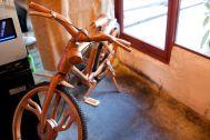 TOKYO FAMILY RESTAURANT/(トーキョーファミリーレストラン):自転車