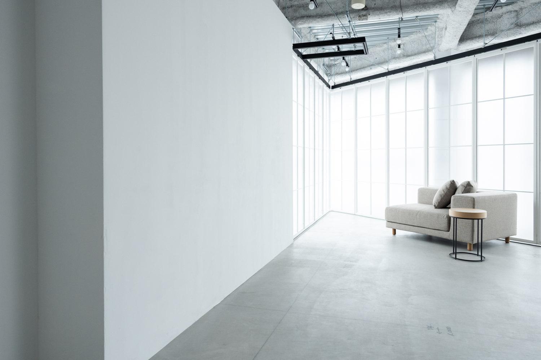 STUDIO FLYINGCAT (スタジオ フライングキャット)ヘアメイクスペースと個室控室