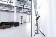 STUDIO FLYINGCAT (スタジオ フライングキャット):大型モニターなど撮影補助ツール