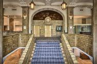 ホテルニューグランド/ マネジメントスペース:大階段 上から