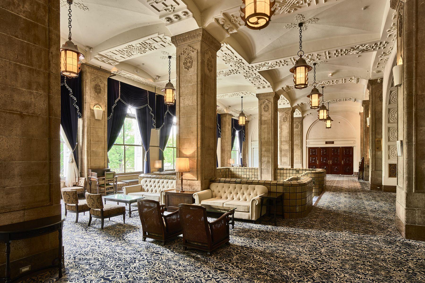 ホテルニューグランド/ マネジメントスペース圧巻の本館ロビー