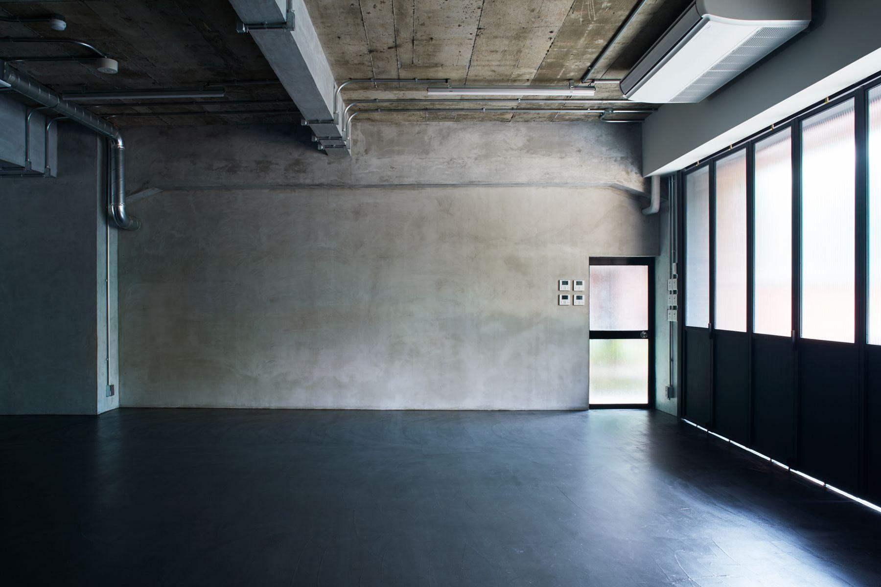 noru studio (ノル スタジオ)スタジオ内・モルタル壁