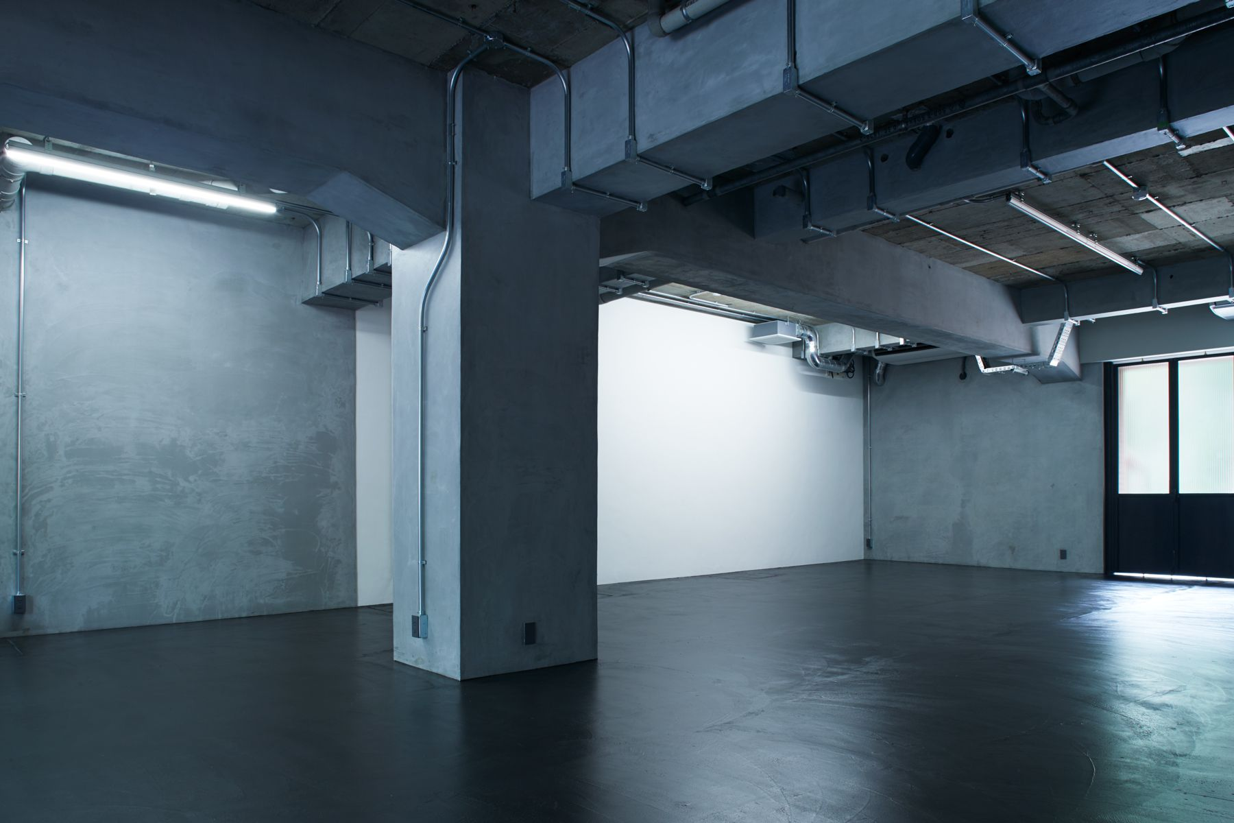 noru studio (ノル スタジオ)スタジオ内・白壁