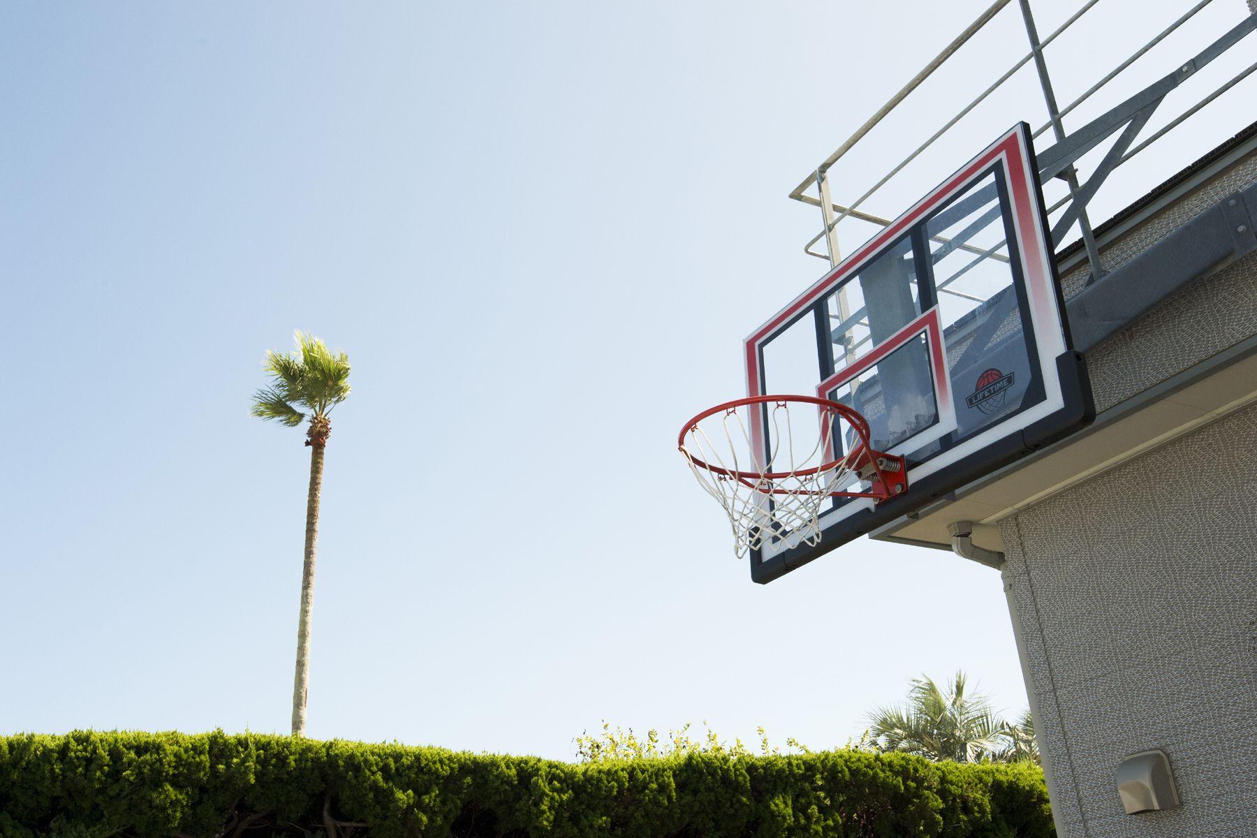 鴨川サーフィンハウスバスケットゴール