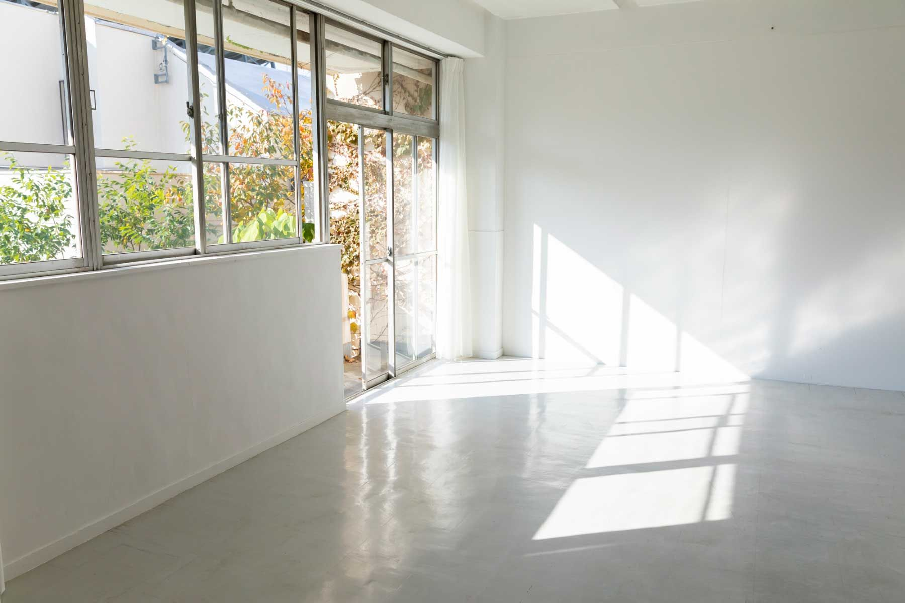 STUDIO NONAMES MEJIRO (スタジオ ノナメス メジロ)南向きの窓
