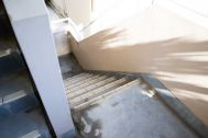 STUDIO NONAMES MEJIRO (スタジオ ノナメス メジロ):外階段