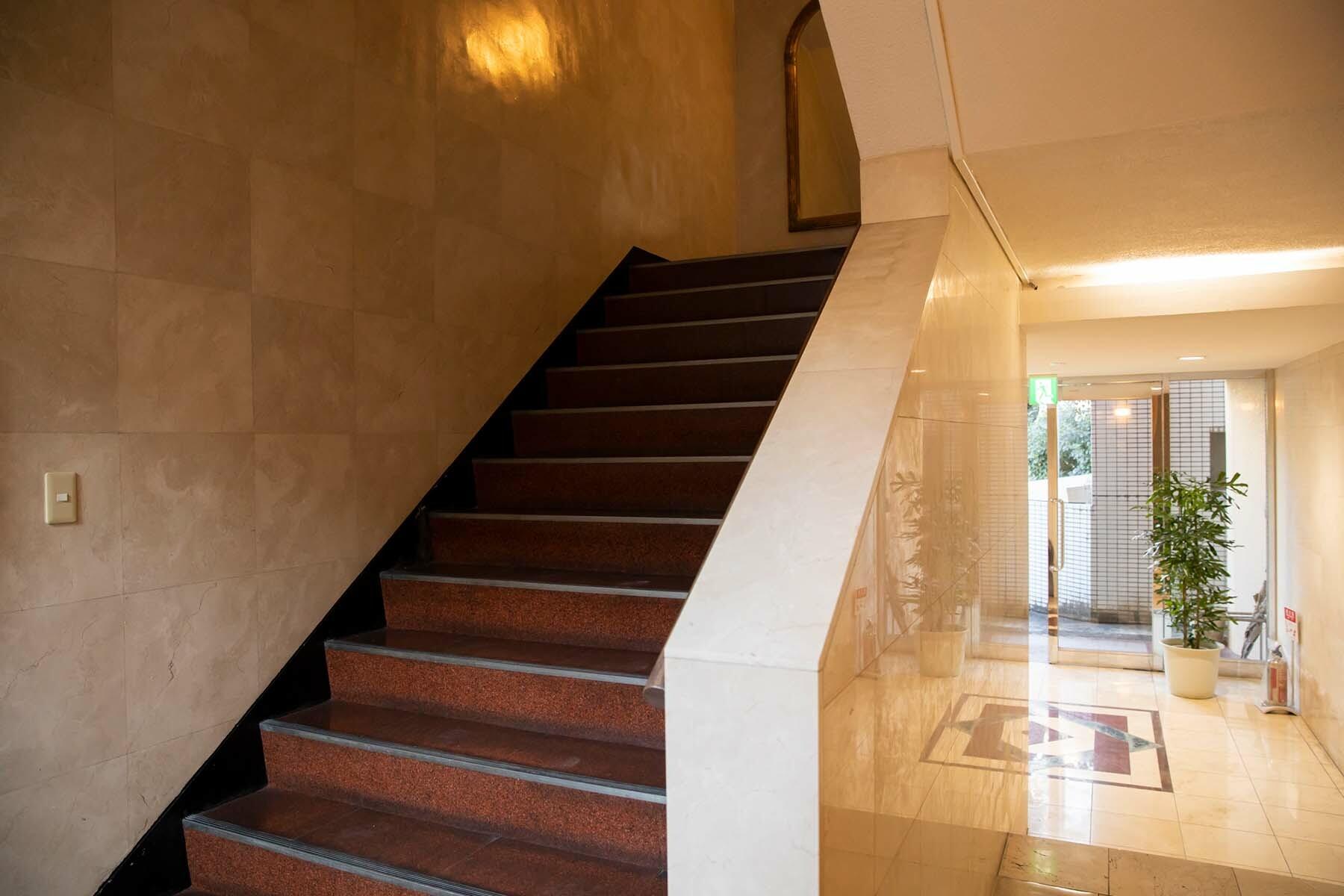 STUDIO NONAMES MEJIRO (スタジオ ノナメス メジロ)共用部 廊下