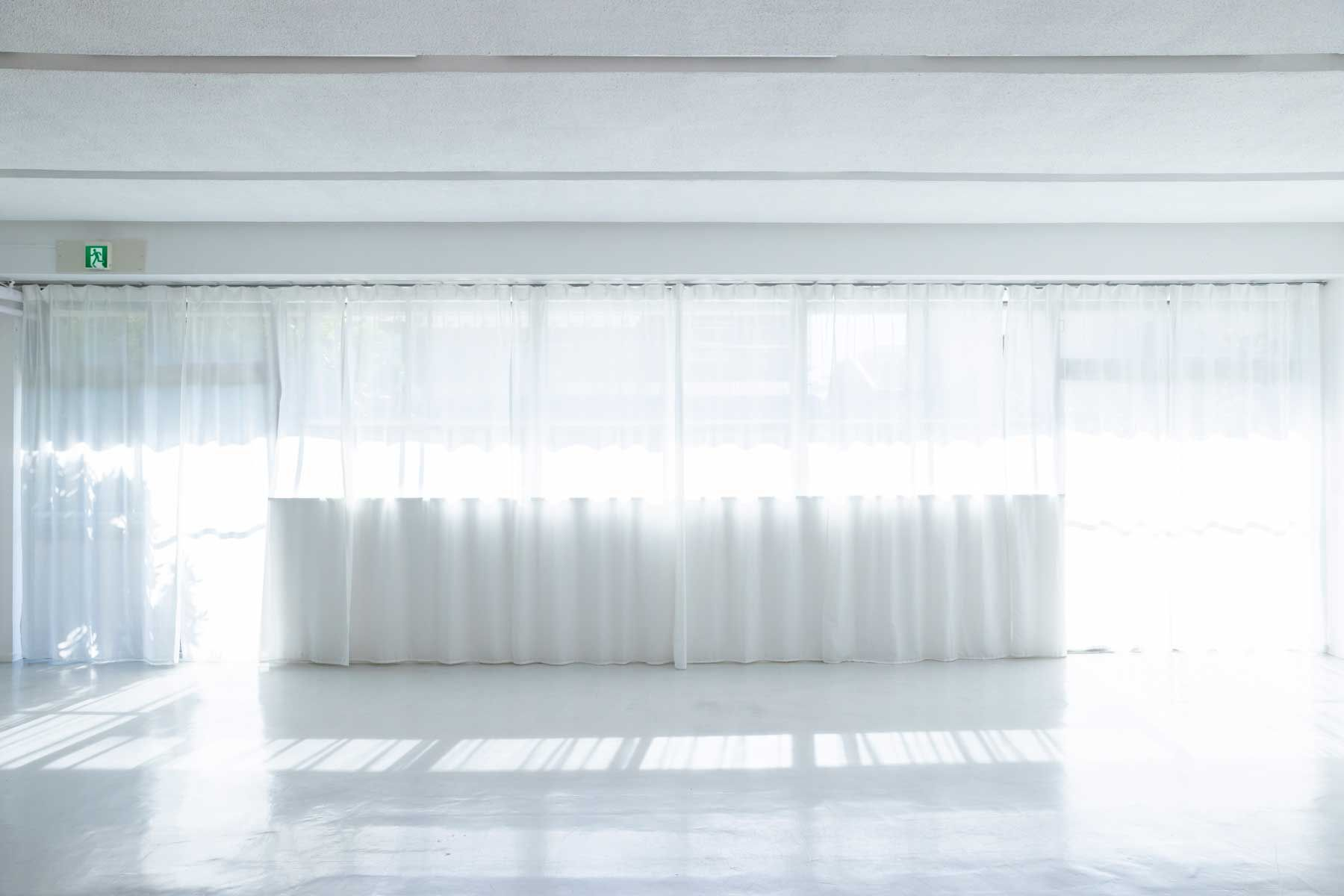STUDIO NONAMES MEJIRO (スタジオ ノナメス メジロ)南向きの大きな窓