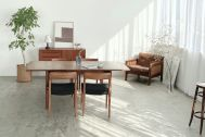Inspiration studio (インスピレーションスタジオ):木壁と北欧ビンテージ家具