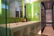 渋谷区西原ハウス /個人宅 (シブヤクニシハラハウス):トイレ・シャワールーム