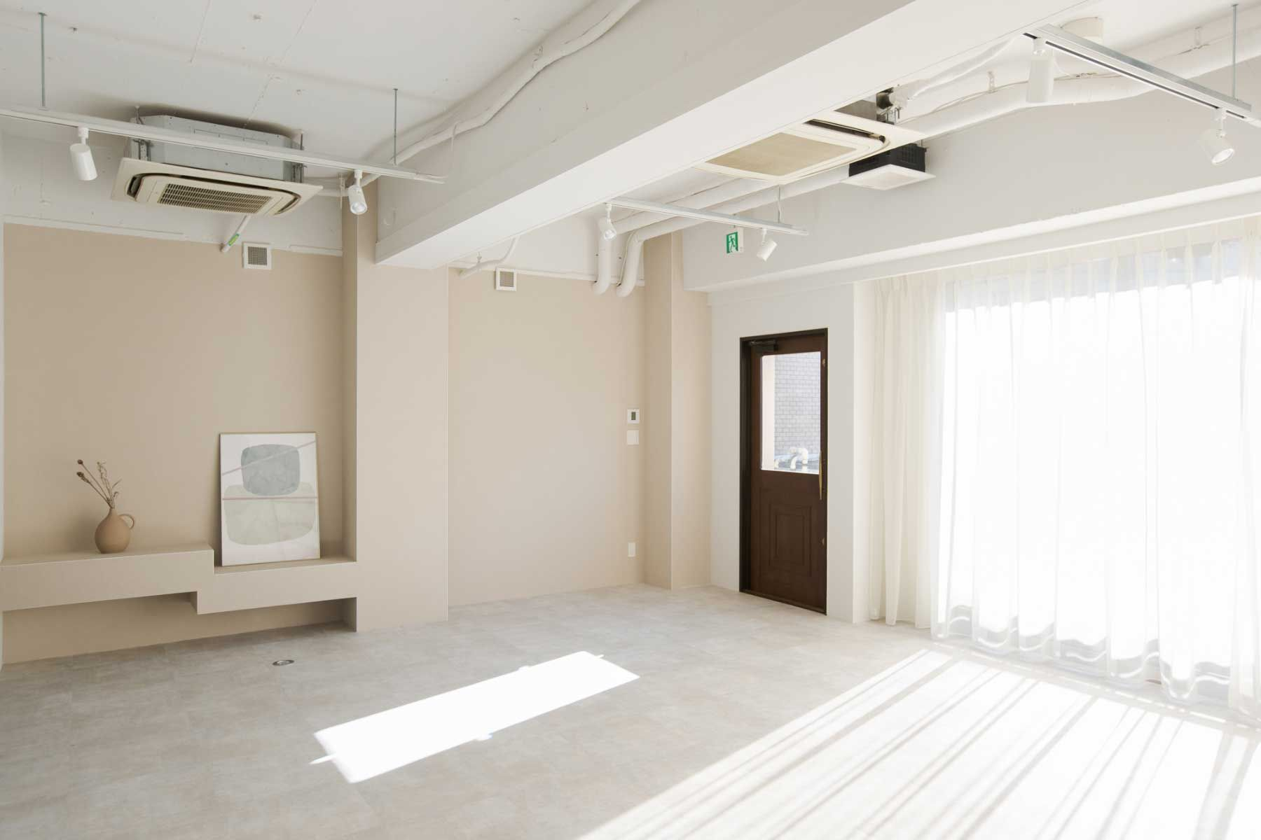 studio ankaa (スタジオ アンカー)午後の自然光
