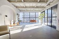 BASE STUDIO 2F +STYLE (ベーススタジオ 2F +スタイル):窓は南面・西面の2面構成