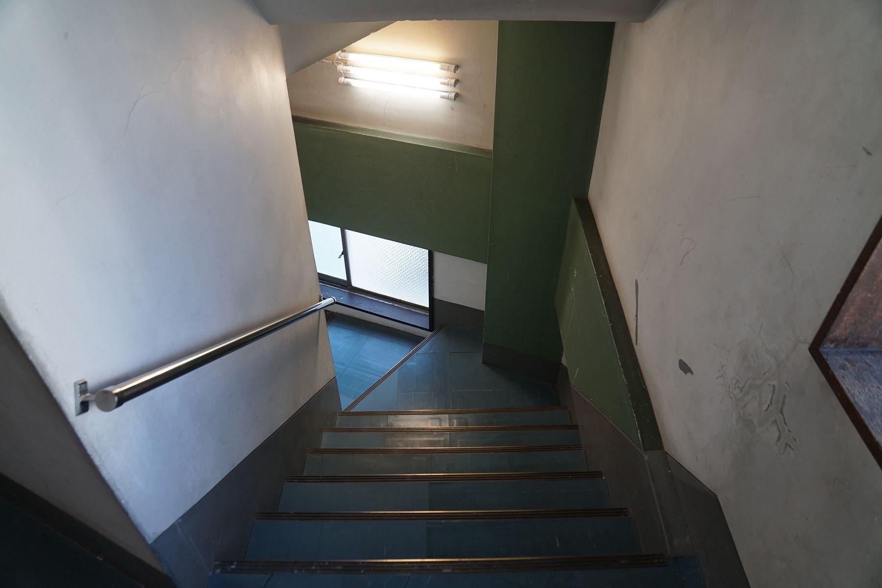 南太田ブランチ/シェアアトリエ階段