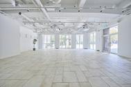 STUDIO DA VINCI C-studio (スタジオ ダヴィンチ シースタジオ):正面も横からも引いて撮影可能