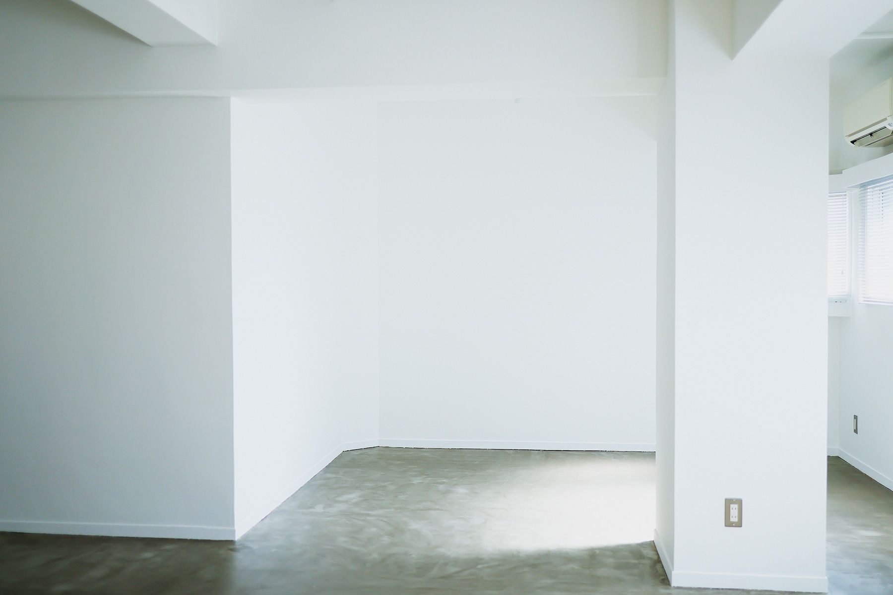 STUDIO LILLARD (スタジオ リラード)柱は壁前撮影では入り込みません