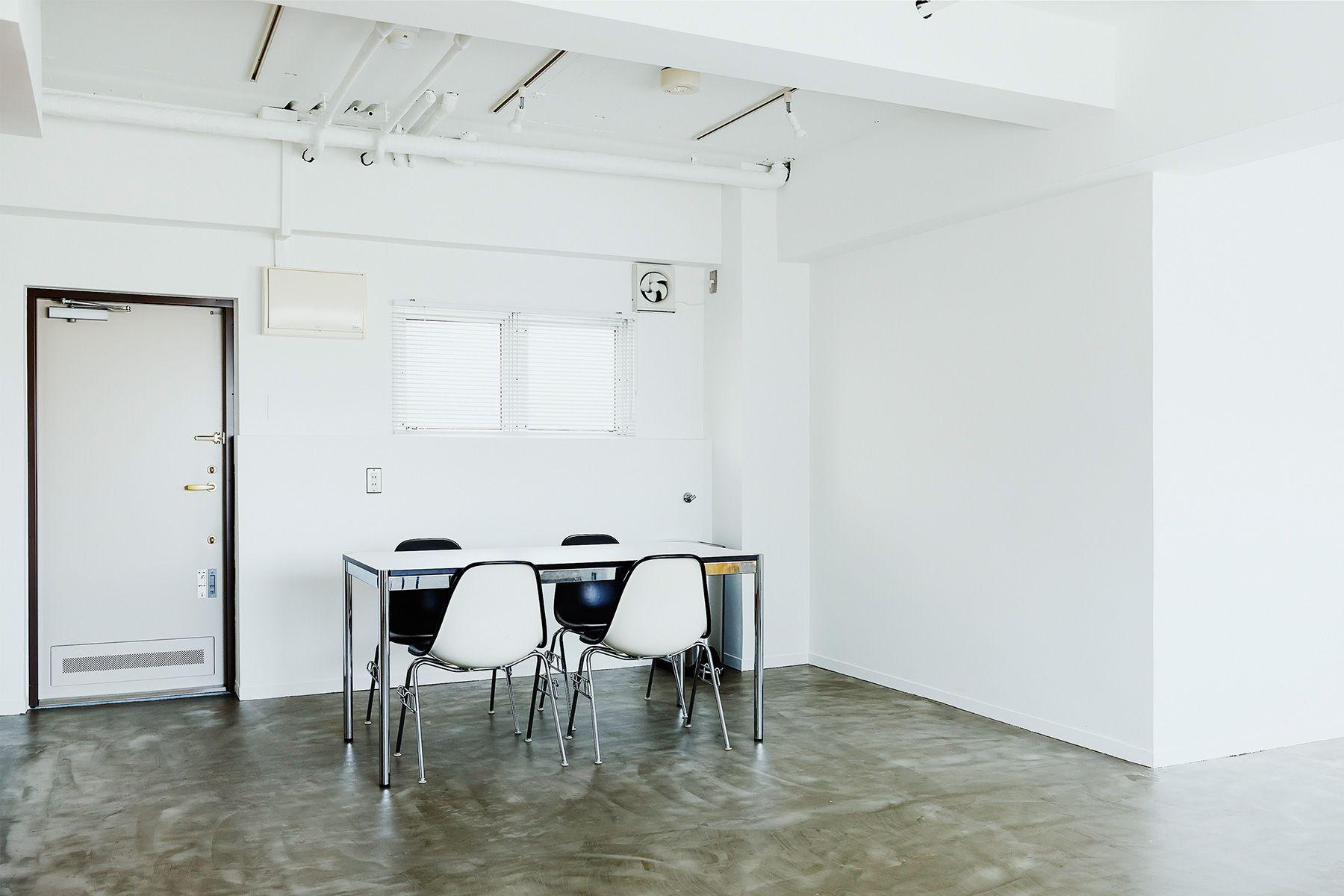STUDIO LILLARD (スタジオ リラード)シンプルな打合せテーブルセット