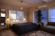 846 apartment (846 アパートメント):2F