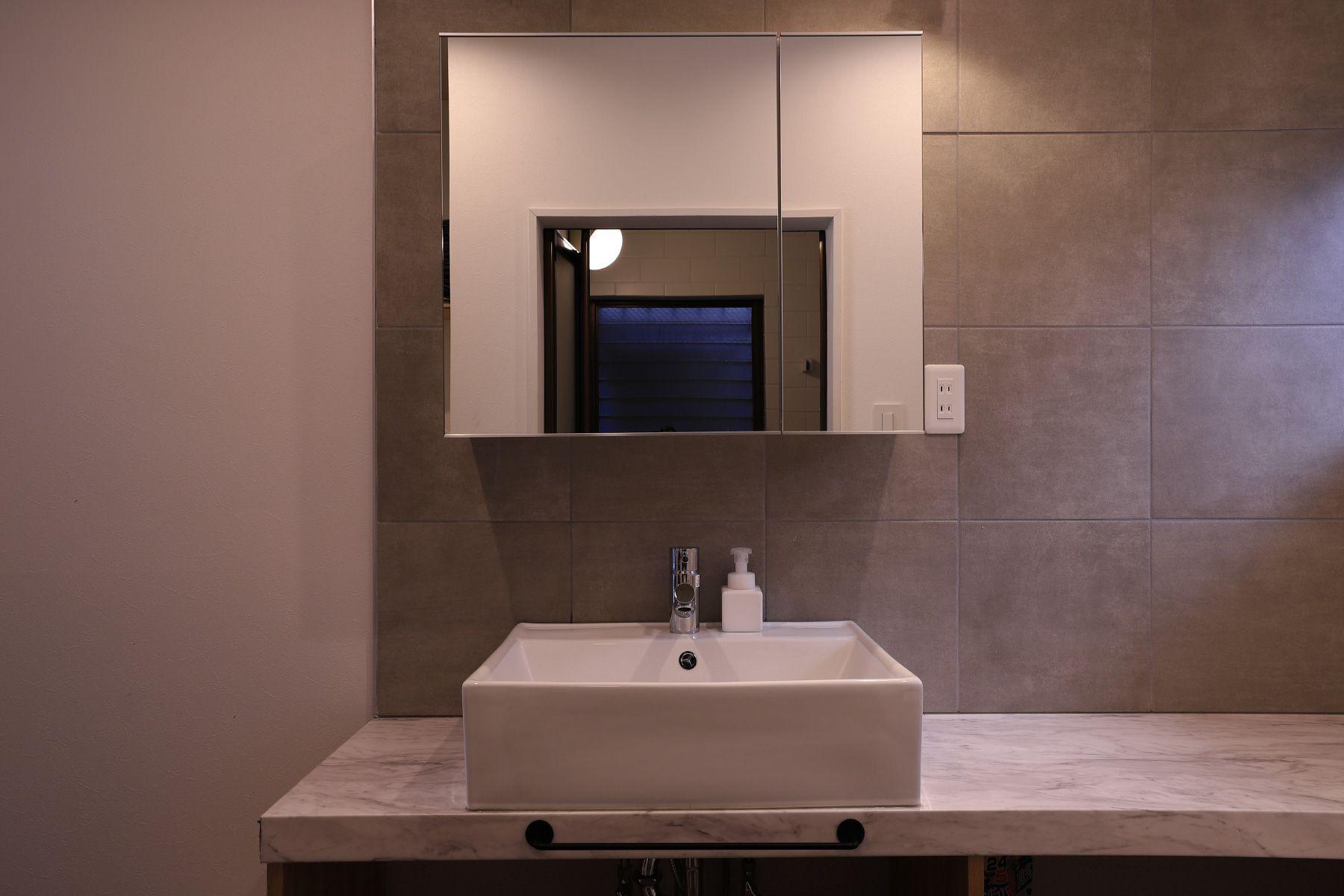 846 apartment (846 アパートメント)2F