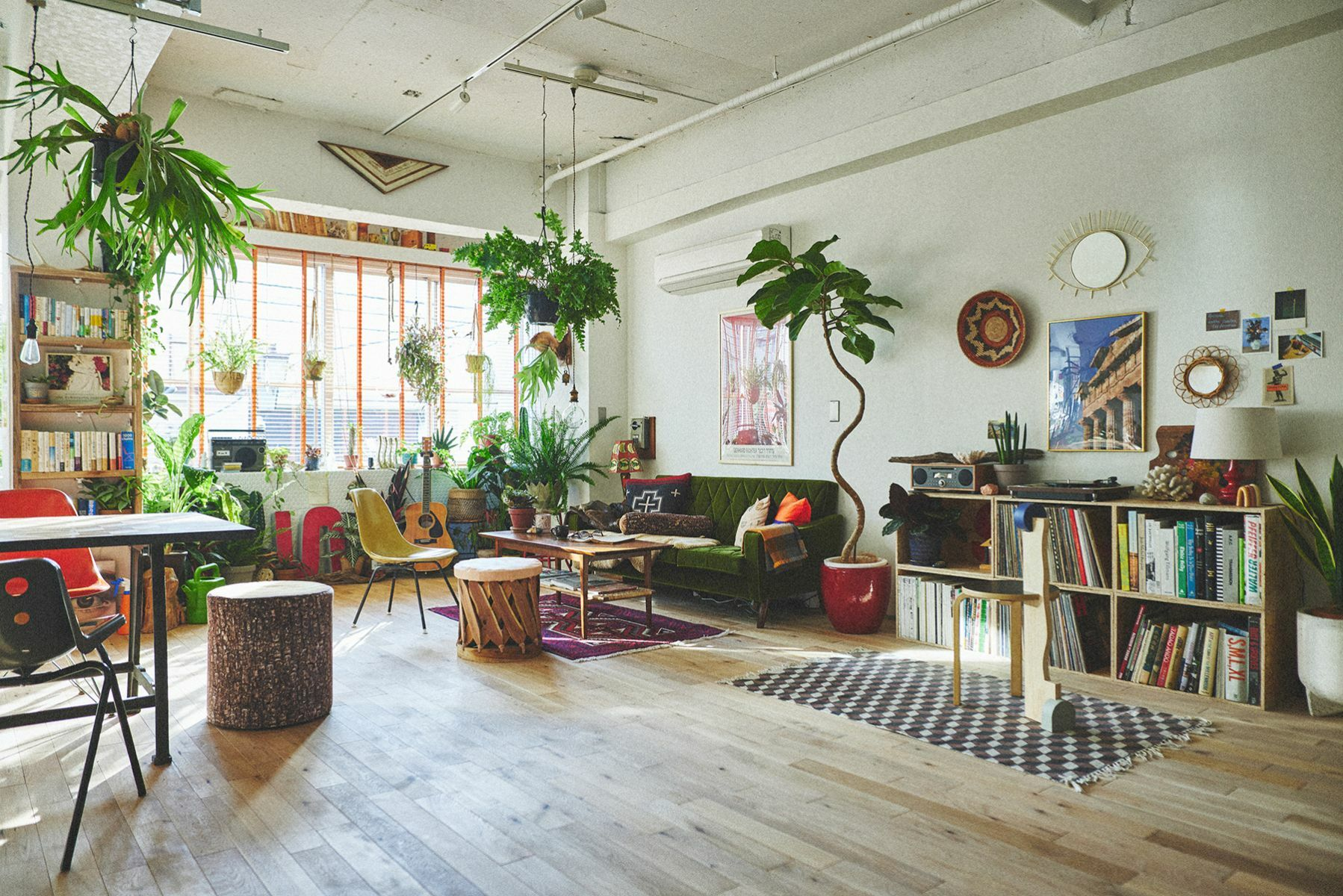 PLEASE GREEN(プリーズグリーン)ベッド上の朝の光景