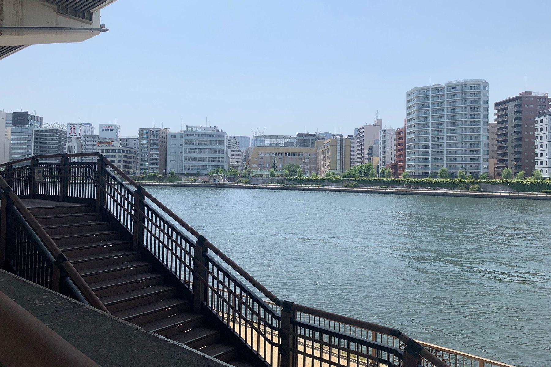 旧海岸第九スタジオ隅田川