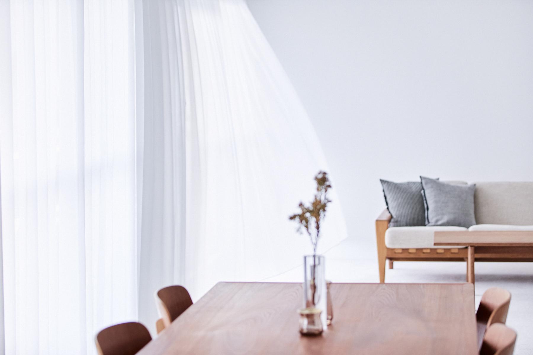 yanke (ヤンケ)501 マットなモルタル左官壁