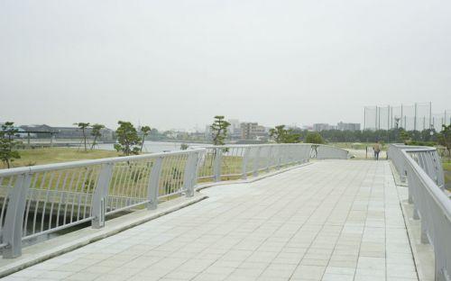 大森ふるさとの浜辺公園公園内の橋