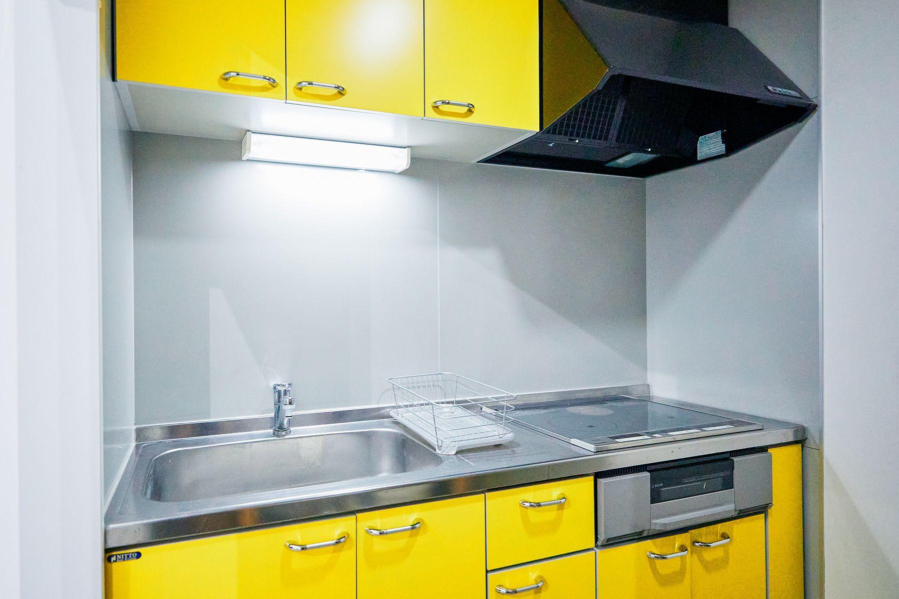sinca studio 中野坂上 (シンカ スタジオ)IH型システムキッチン完備