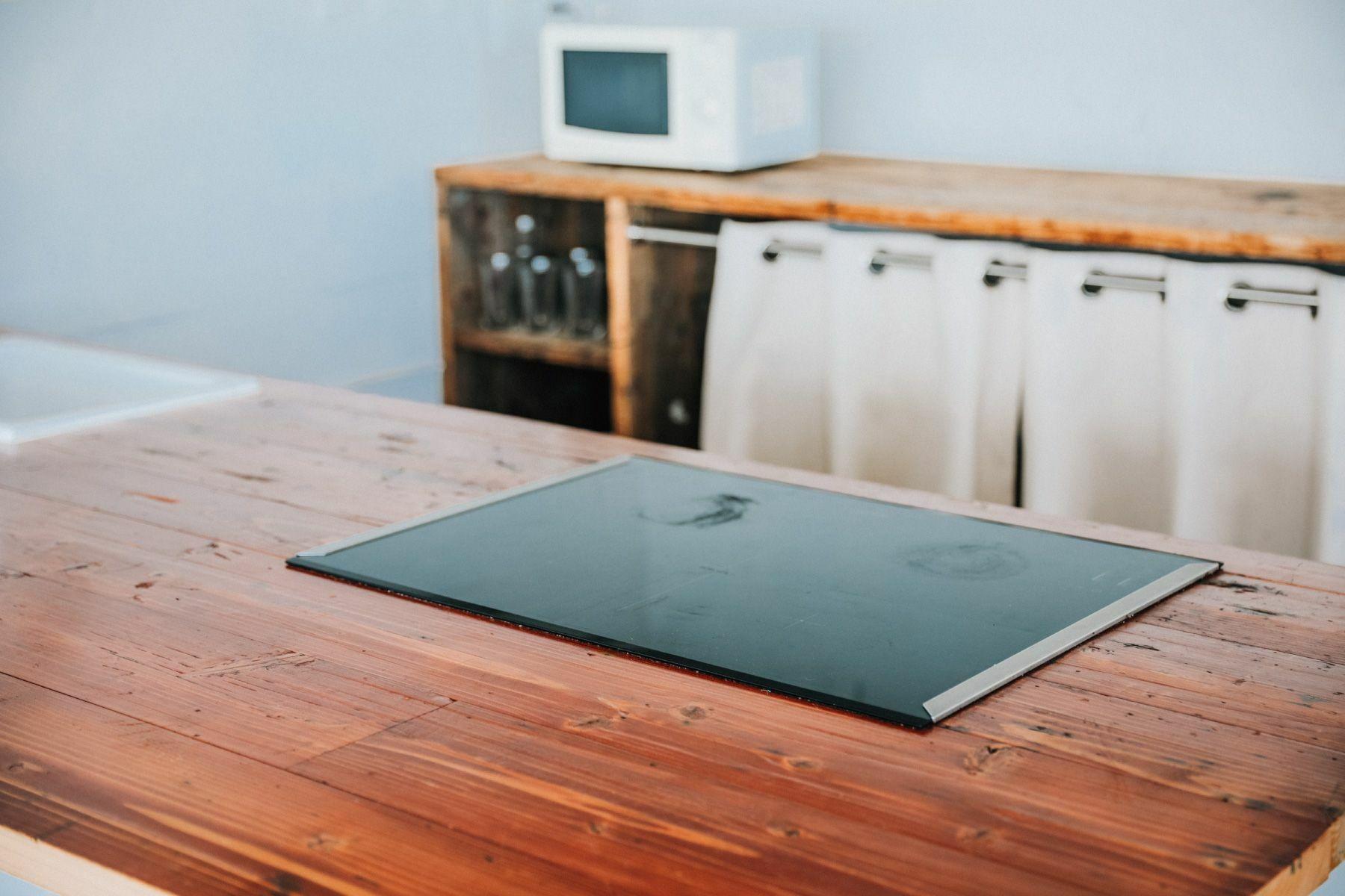 SIMPLE HOUSE (シンプル ハウス)2F 室内から階段側