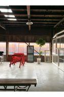 旧海岸第八スタジオ:空間とプロップ 絶妙なバランス