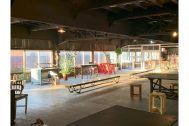 旧海岸第八スタジオ:光が差す様子