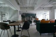 ANEA CAFÉ  松見坂/店舗 (アネアカフェ マツミザカ):キッチンカウンターに向かって