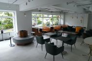 ANEA CAFÉ  松見坂/店舗 (アネアカフェ マツミザカ):開放感ある路面店