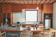 THE FLOW KAMAKURA (ザ フロウ カマクラ):SORA 3Fキッチン 上質な食器や家電付