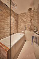 THE FLOW KAMAKURA (ザ フロウ カマクラ):KIRA浴室/ゴールドのレインシャワー