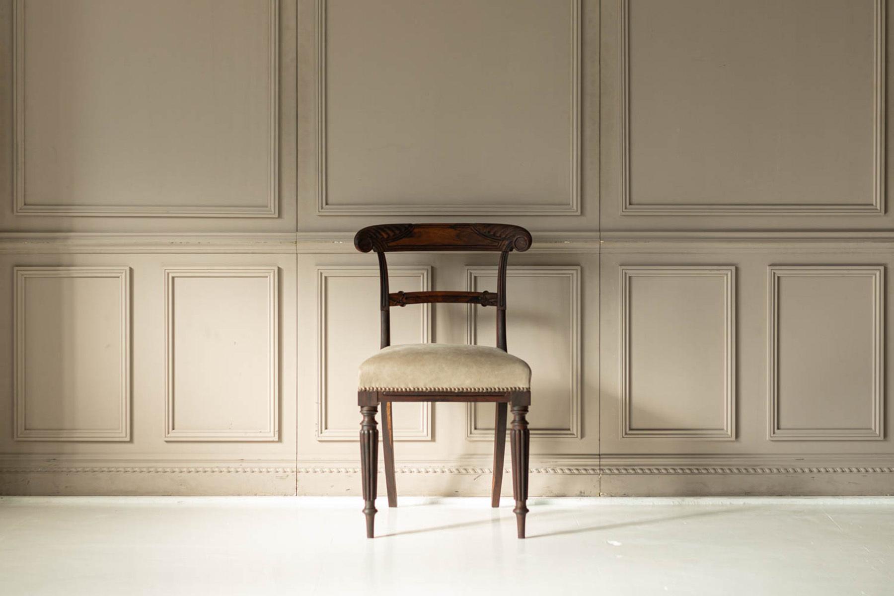 STUDIO FOXTAIL Ast (スタジオ フォックステイル Ast)二面から自然光が差し込む扉と窓