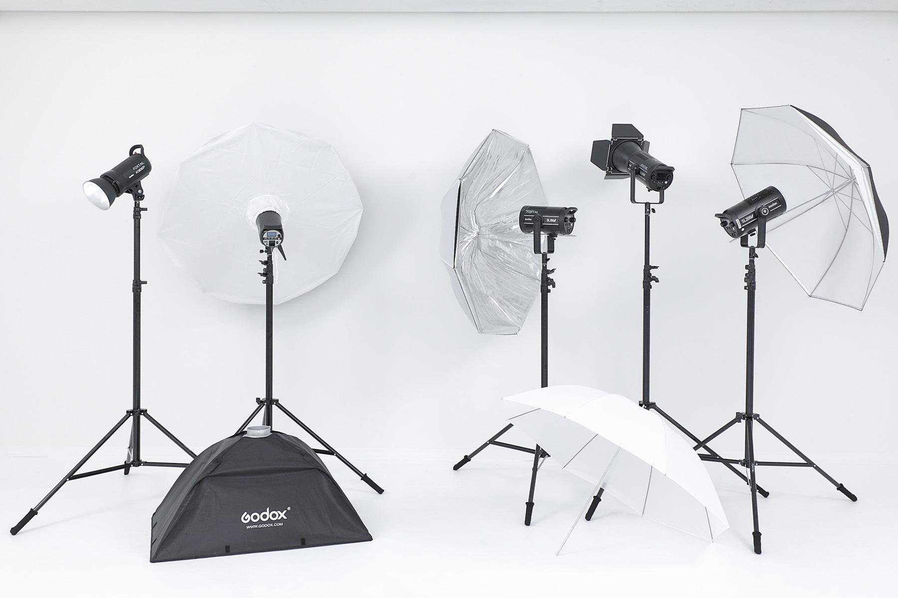 STUDIO FOXTAIL Ast (スタジオ フォックステイル Ast)充実の椅子/鏡/ハンガー/小物