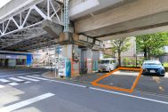 STUDIO FOXTAIL Bst (スタジオ フォックステイル Bst):スタジオ専用駐車場(縦2台分)