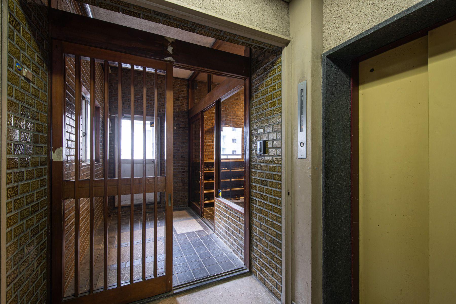ROOVICE/オフィス (ルーヴィス)7F 玄関