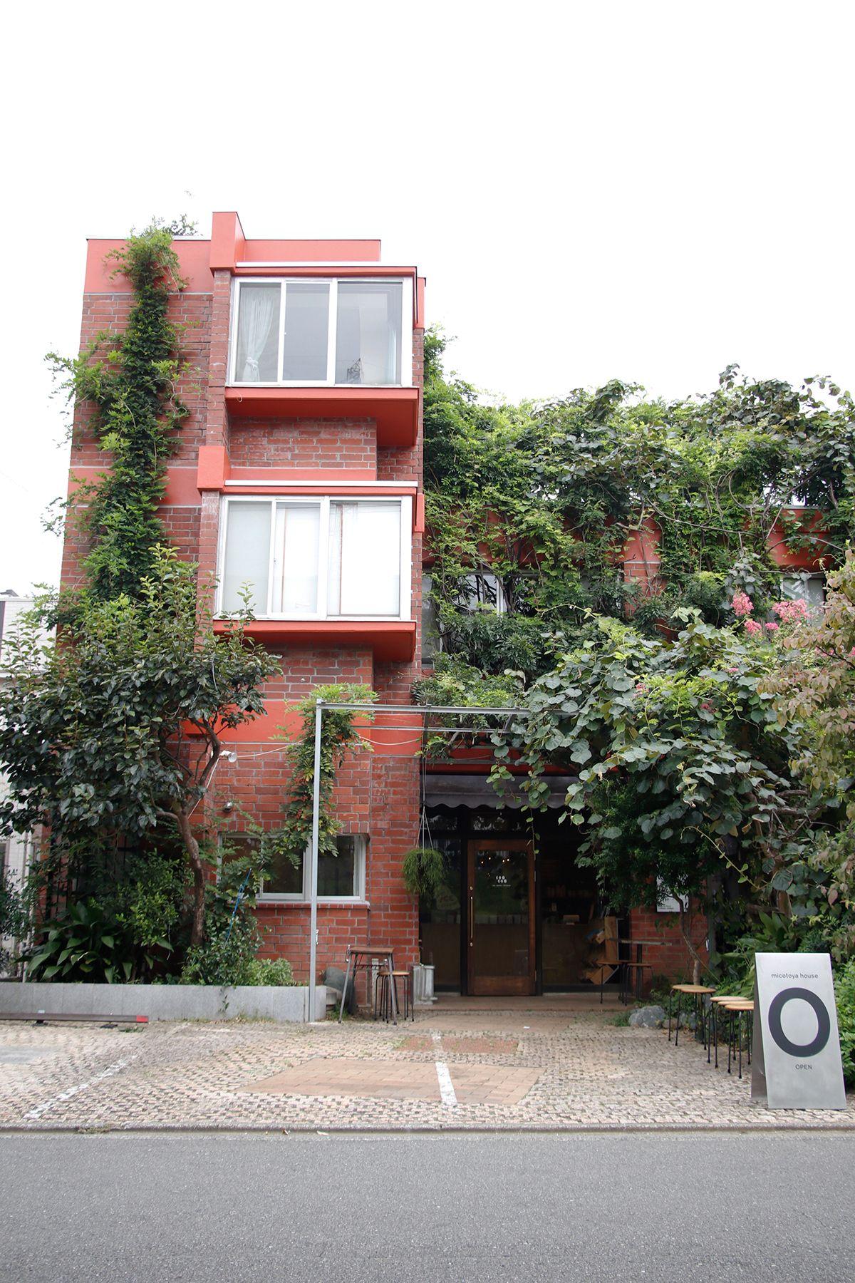 micotoya house (アイス屋/青果屋/shop)車も2台駐車可能