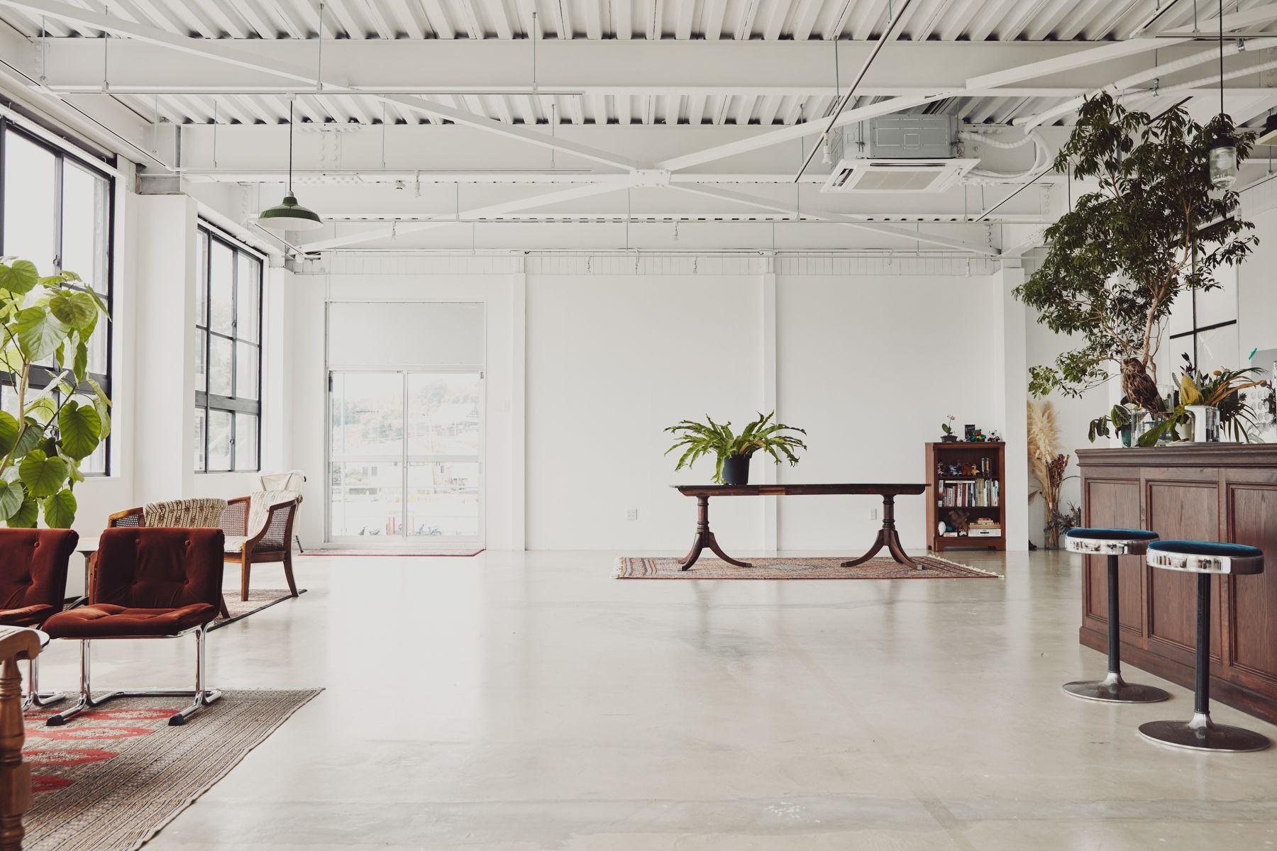 Beatnik Photo Studio2F 約14mの横幅