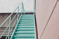 Beatnik Photo Studio:階段 popカラー