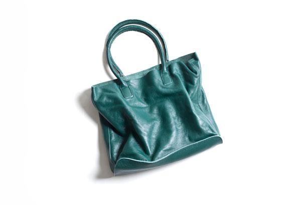 Raw Edge Leather Tote Bag : 9,975yen