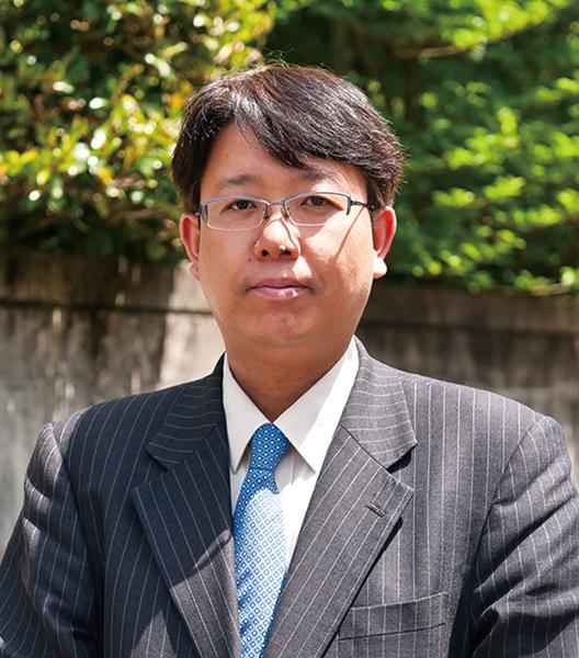 アイクス税理士法人 常務取締役 賎機光弘様