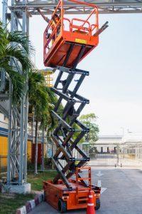 高所作業を安全に行う方法と、高所作業を行う機械とは?